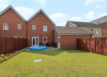 Jaguar Lane, Bracknell, Berkshire RG12. 3 bed semi-detached house