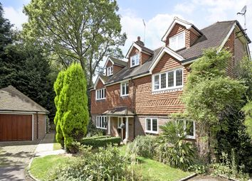 6 bed detached house to rent in Caerleon Close, Claygate, Esher KT10