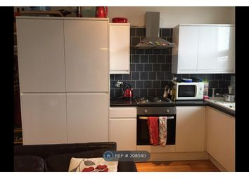 Thumbnail 1 bed flat to rent in Balham New Road, London