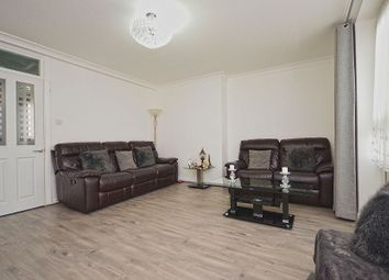 3 bed maisonette to rent in Brownfield Street, (Lounge Room), Poplar, London E14