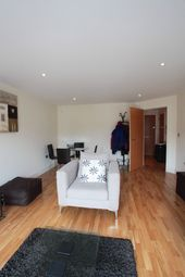 Thumbnail 1 bed flat to rent in Grant House, London