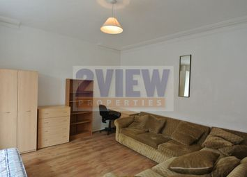 Thumbnail 4 bed property to rent in Wrangthorn Avenue, Leeds, West Yorkshire