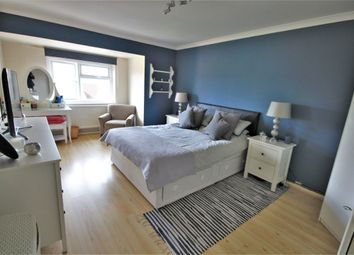 Thumbnail 2 bedroom flat for sale in Branksome Court, Prospect Street, Reading