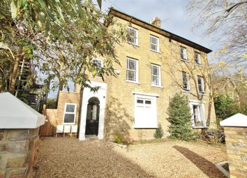 Thumbnail 2 bed flat for sale in Woodlands Grove, Isleworth
