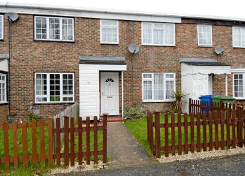 Thumbnail 3 bed property to rent in Elizabeth Close, Bracknell, Berkshire