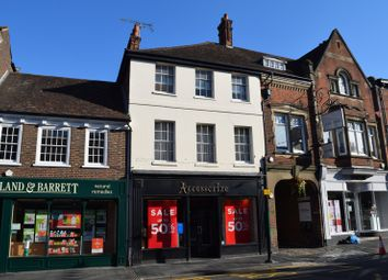 Retail premises to let in West Street, Farnham GU9