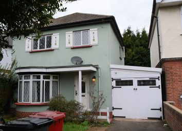 Thumbnail 3 bed detached house to rent in Farnburn Avenue, Slough