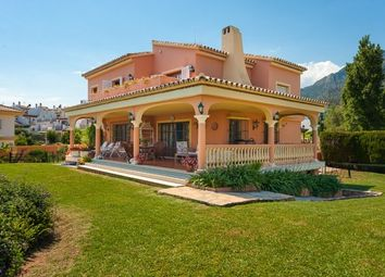 Thumbnail 5 bed villa for sale in Don Miguel, Marbella Town, Costa Del Sol
