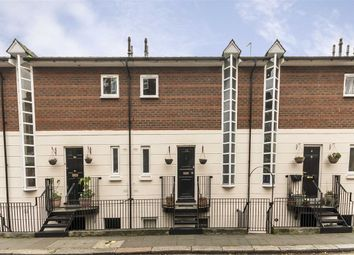 Thumbnail 2 bedroom flat to rent in Ashmill Street, London