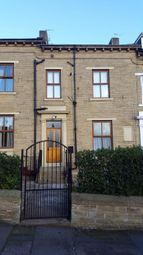 Thumbnail Studio to rent in Whetely Grove Flat 2, Bradford