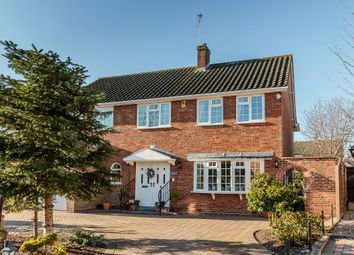 Thumbnail 5 bed detached house for sale in Glebe Gardens, Herongate, Brentwood