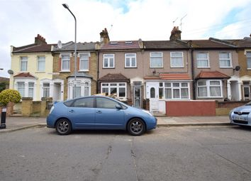 Thumbnail 6 bed property to rent in Perkins Road, Ilford