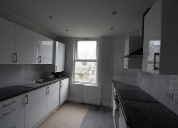 Thumbnail Flat to rent in Fletcher Lane, London