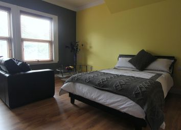 1 bed property to rent in Flat 5, 18 St Johns Terrace, University LS3