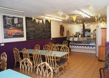 Thumbnail Restaurant/cafe for sale in Cafe & Sandwich Bars DN6, Askern, South Yorkshire