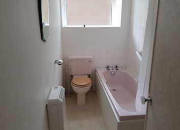 Thumbnail 2 bed flat to rent in North Street, St Andrews, Fife