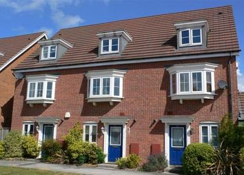 Thumbnail 3 bed town house to rent in Urquhart Road, Thatcham