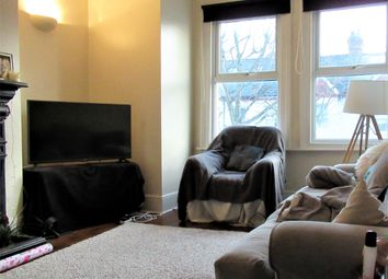 2 bed maisonette to rent in Oakmead Road, Balham, London SW12
