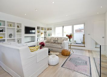 2 bed maisonette for sale in Lancaster Road, London W11