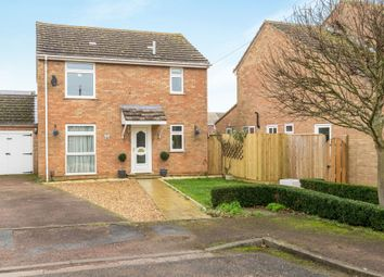 Thumbnail 3 bed detached house for sale in Fair Close, Bicester