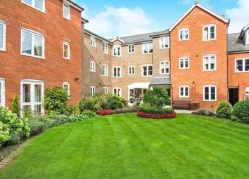 Thumbnail 1 bedroom flat for sale in Southdown Road, Harpenden