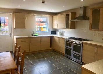 Thumbnail 4 bed town house to rent in The Runway, Hatfield