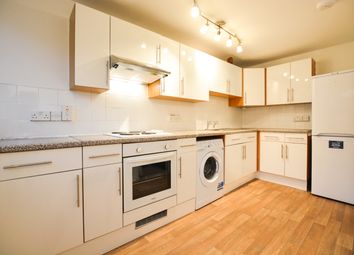 Thumbnail 2 bed flat to rent in Bakersfield, London