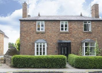 Thumbnail 3 bed semi-detached house for sale in Leamington Road, Broadway, Worcestershire