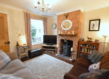 Thumbnail 2 bed cottage for sale in Lesbourne Road, Reigate