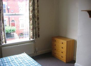 Thumbnail 5 bed property to rent in Moorland Avenue, Hyde Park, Leeds