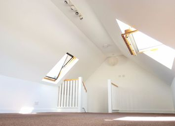 Thumbnail 3 bed maisonette to rent in Kendall Avenue, Sanderstead, South Croydon
