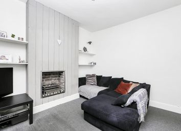 Thumbnail 2 bedroom flat to rent in Mill Hill Road, London