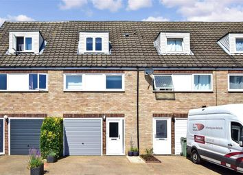Northleigh Close, Loose, Maidstone, Kent ME15. 3 bed town house