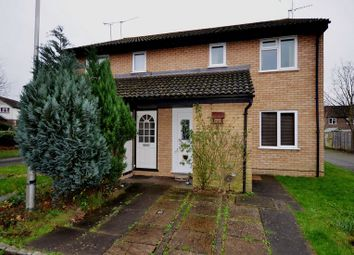 Thumbnail 1 bedroom maisonette to rent in Aquila Close, Wokingham