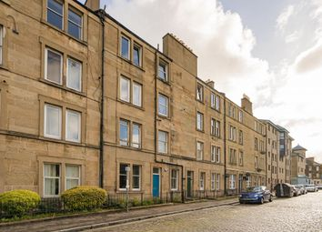 Thumbnail 1 bed flat for sale in 11/9 Cathcart Place, Edinburgh