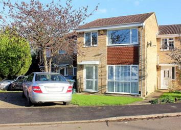 Thumbnail 3 bed terraced house for sale in Sandridge Close, Hemel Hempstead