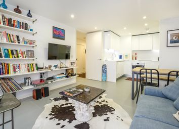 Thumbnail 1 bed flat to rent in Pear Tree Street, London