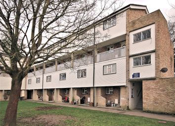 2 bed maisonette for sale in Colliers Close, Horsell, Woking GU21
