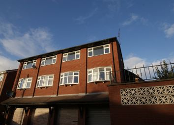 Thumbnail 4 bed flat to rent in Bentley Parade, Meanwood, Leeds
