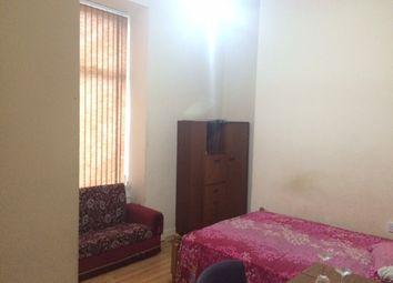 Thumbnail 2 bedroom flat to rent in Blenheim Road Flat 1, Bradford 8