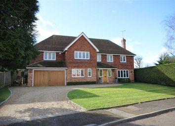 Thumbnail 6 bed detached house for sale in Fairway Close, Harpenden, Herts