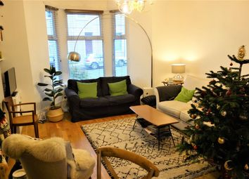 Thumbnail 1 bed flat to rent in Maughan Terrace, Penarth