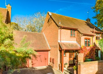 Thumbnail 4 bedroom property for sale in 3 Walnut Tree Court, Goring On Thames
