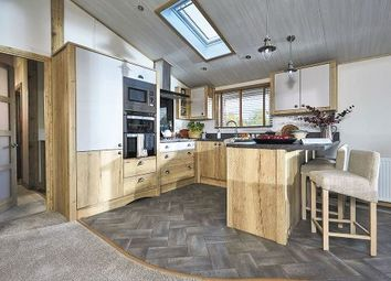 3 bed lodge for sale in Christchurch Road, New Milton BH25