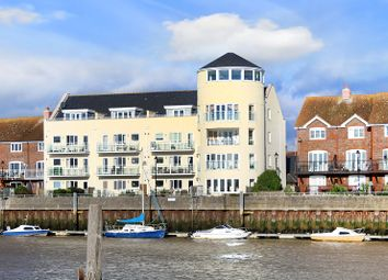 Thumbnail 3 bed flat for sale in Mariners Quay, Littlehampton