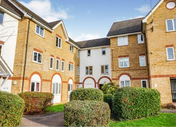 2 bed flat for sale in Cambridge Road, Southend-On-Sea SS1