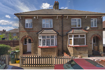 4 bed end terrace house to rent in Sheridan Road, Belvedere DA17