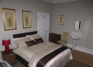Thumbnail Room to rent in Rockingham Road, Kettering