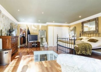 Thumbnail 6 bed detached house for sale in Ludlow Avenue, Luton