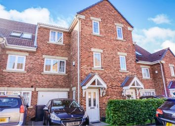 Thumbnail 4 bed town house for sale in Parkfield Court, Morley, Leeds